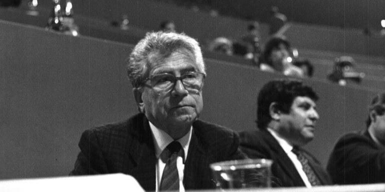 Bando n. 2 premi per tesi di laurea magistrale in memoria di Luciano Barca