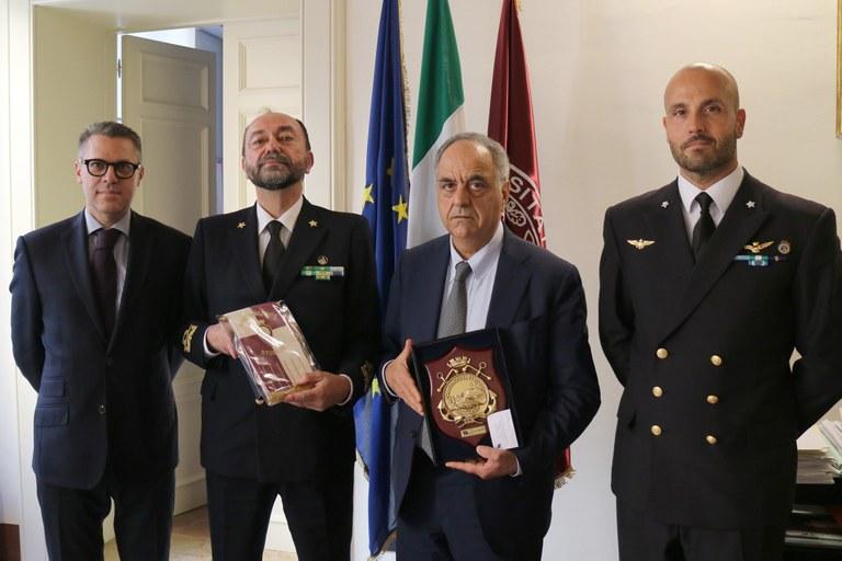 Guardia costiera, i comandanti Moretti e Piacentini in visita a Unimc