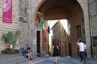 """Insegnare italiano agli stranieri con """"Italint"""". Unimc attiva il master e il corso di perfezionamento"""