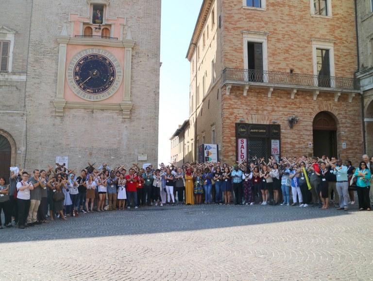 Ventinove nazioni in piazza a Macerata per X-Culture Symposium